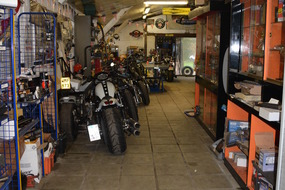B-Twin Garage - Mespelare - Gallery